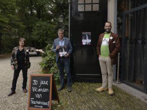 magazine met Marion, ivar en Viktor